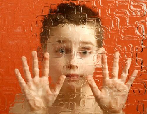 Необычное поведение у ребенка или детский аутизм