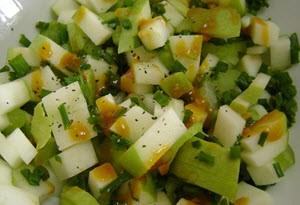 Салат из сельдерея и перца