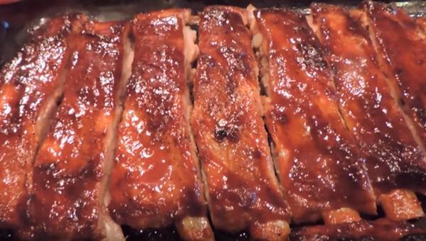 Запеченное мясо в медовой глазури
