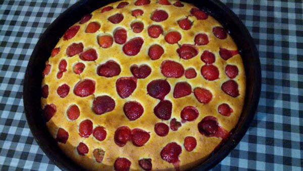 рецепт пирога «Снежная клубника»