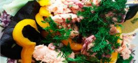 Рецепт: Салат с запеченной горбушей правильного питания!