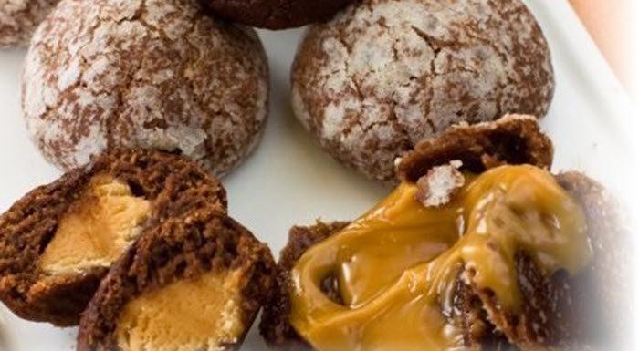 Шоколадное печенье с карамелью. Кексы «Олененок Рудольф»