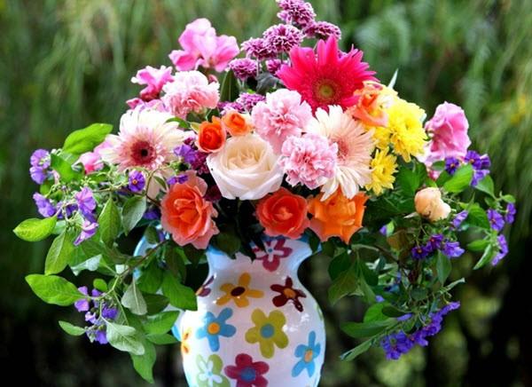 Как сохранить свежесть букета из живых цветов