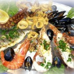 Рыбное блюдо: от покупки до подачи - Полезные советы!